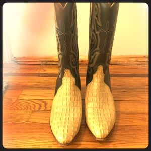 Lucchese Crocodile Leather Cowboy Boots size: 8.5